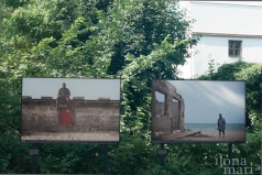 """""""Vom Ozean verschluckt"""" von Nyani Quarmyne hinter dem Kurmittelhaus beim Photo Festival La Gacilly Baden"""