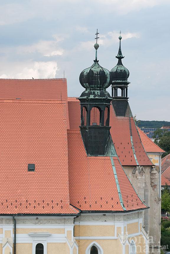 Kirchen am Jursics Platz in der Altstadt von Güns